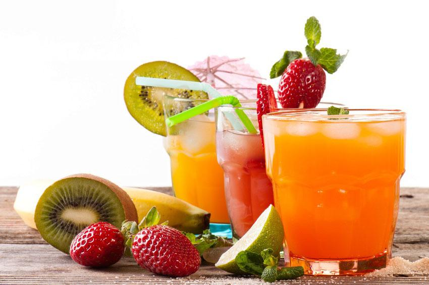 Cure de jus de fruits et traitement naturel fibrome